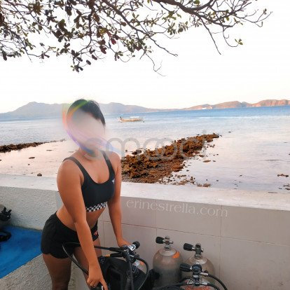 Erin – I have a new mistress and lover called Scuba Diving.  While this romance is new, it isn't exclusive. Won't you join us? Take the plunge.