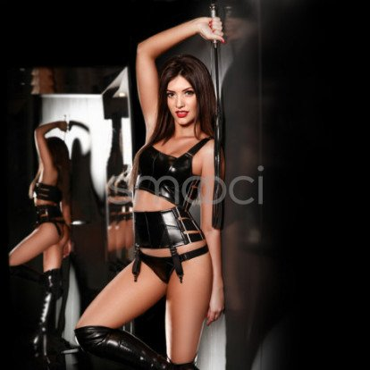 Kally London Escort