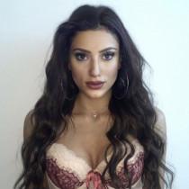 Adriana Smooci model