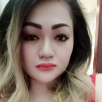 Aisha Filipina-Arabic Smooci model
