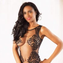 Alice Smooci model