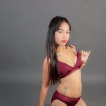 Amber Smooci model