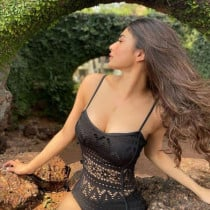 Angel Smooci model