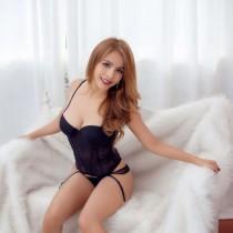 Ava Smooci model