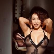 Charlotte Smooci model