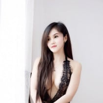 Cherry Smooci model