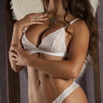 Eliza Smooci model