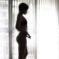 Erin Manila Escort