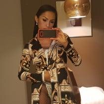 Hana Smooci model