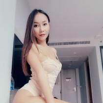Jenny Smooci model