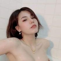Josephine Smooci model