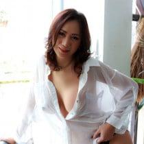 June Smooci model