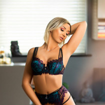 Karina Smooci model