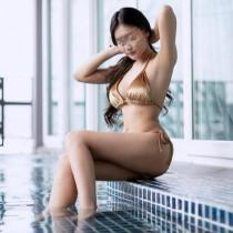 Kathy Smooci model
