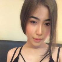 Kiki Smooci model