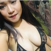 kim Smooci model