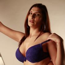 Kim Sparkles Smooci model