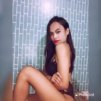 Kristine Gomez Smooci model