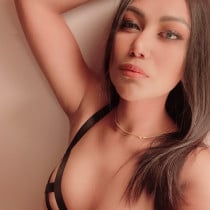 Lilly Smooci model