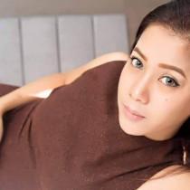 Mary Smooci model