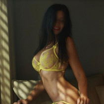 Marci Smooci model