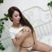 Mimi Smooci model