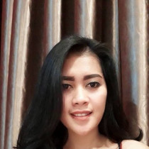 Nabila Smooci model