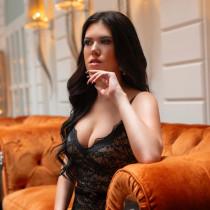 Natasha Smooci model