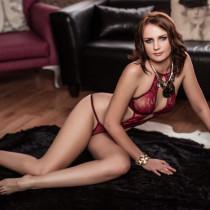 Nina Smirnov Smooci model