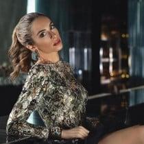 Rose Smooci model