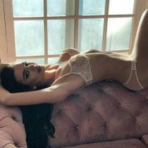 Roxy Smooci model