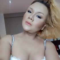 Ts Yulia Afiqah Smooci model