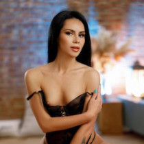 Valentina Sparkles Smooci model