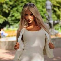Wendy Smooci model
