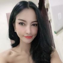 Yiyi Bangkok Escort